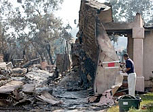 FEMA News Photo: Wildfire Rancho Bernardo, California