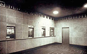 Photo of Post Office at Reagan National Airport before renovations