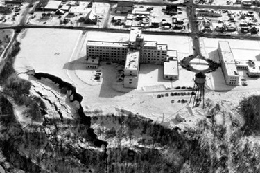 Photo example of ground failure-landslide - Alaska, 1964