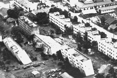Photo example of liquefaction damage-Niigata, Japan 1964