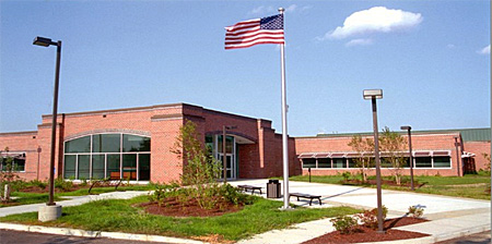 Exterior photo of EPA-NERL, Chelmsford, MA