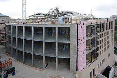 constructing the concrete facade on the Institute of Peace