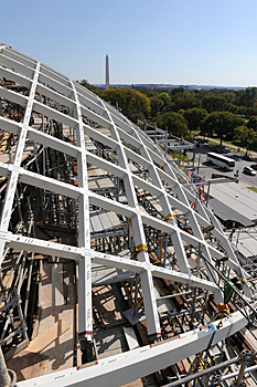 constructing dove shaped roof elements on the the Institute of Peace, Washington DC